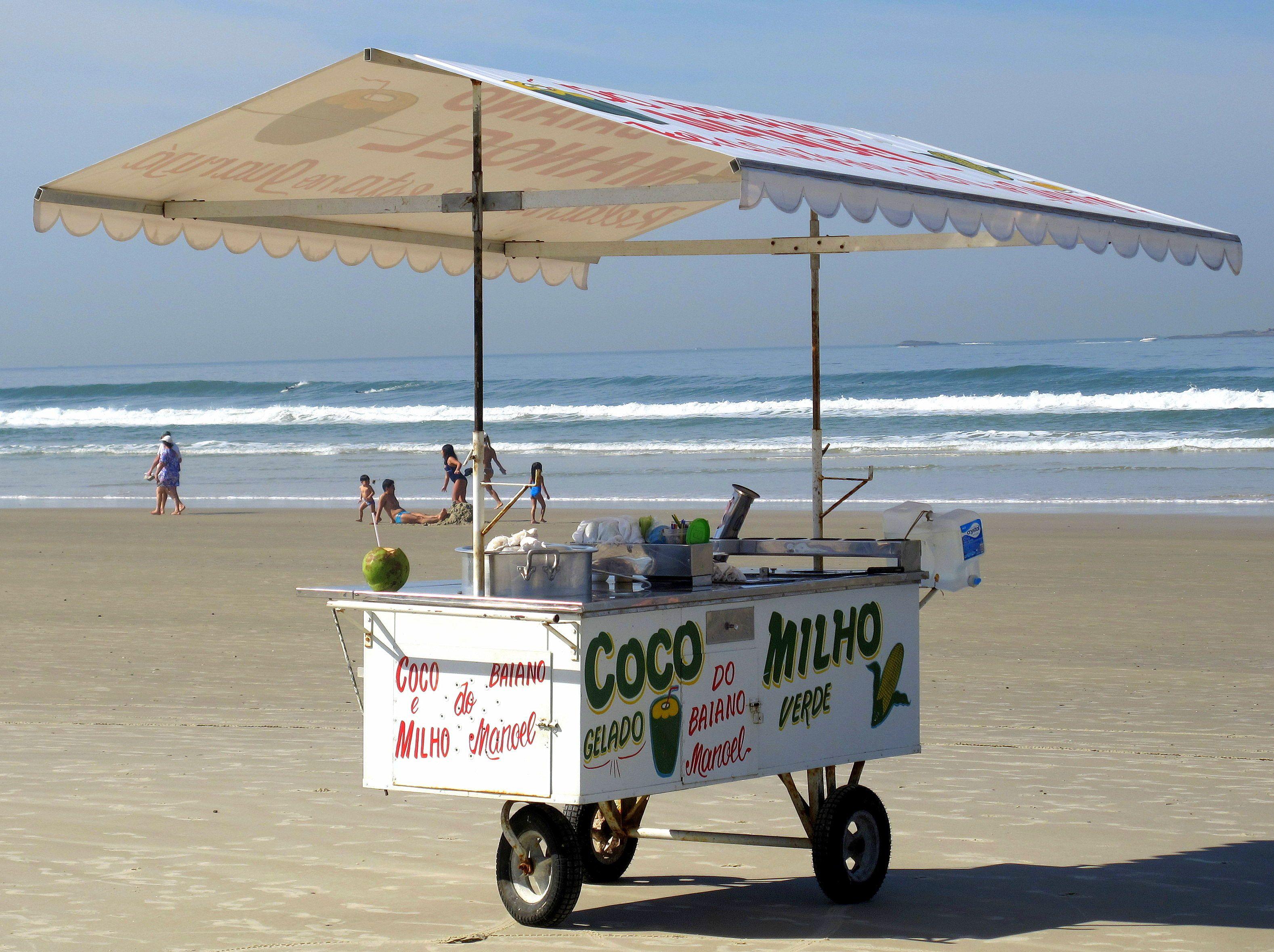 what to eat on Rio beach