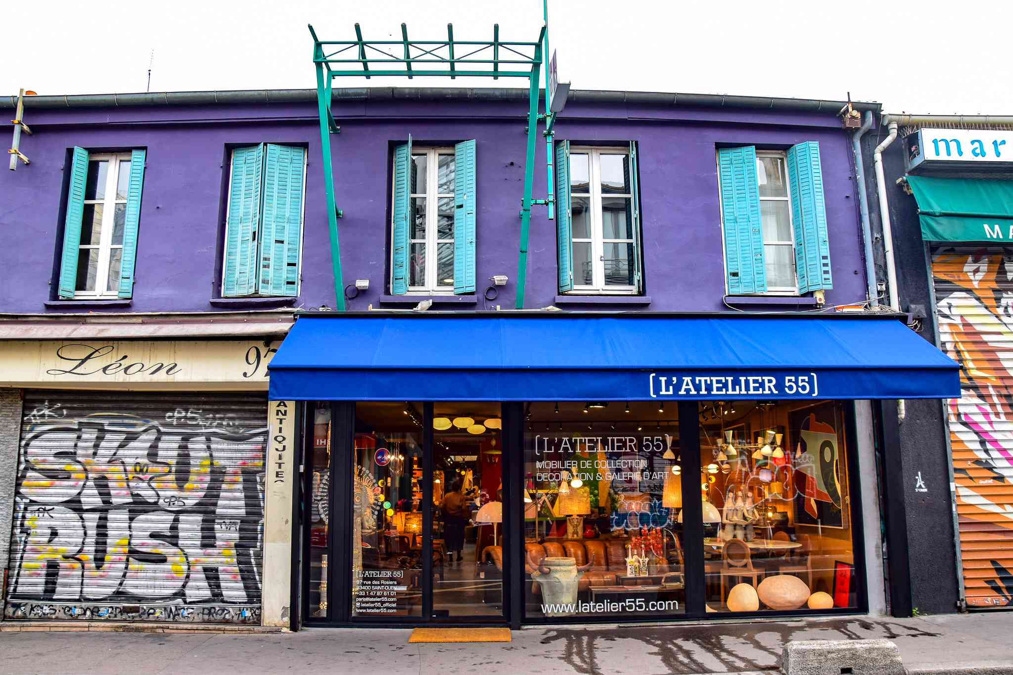 Flea Markets in Paris, France