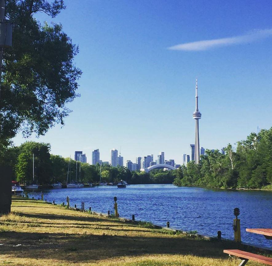 High-end datovania Toronto