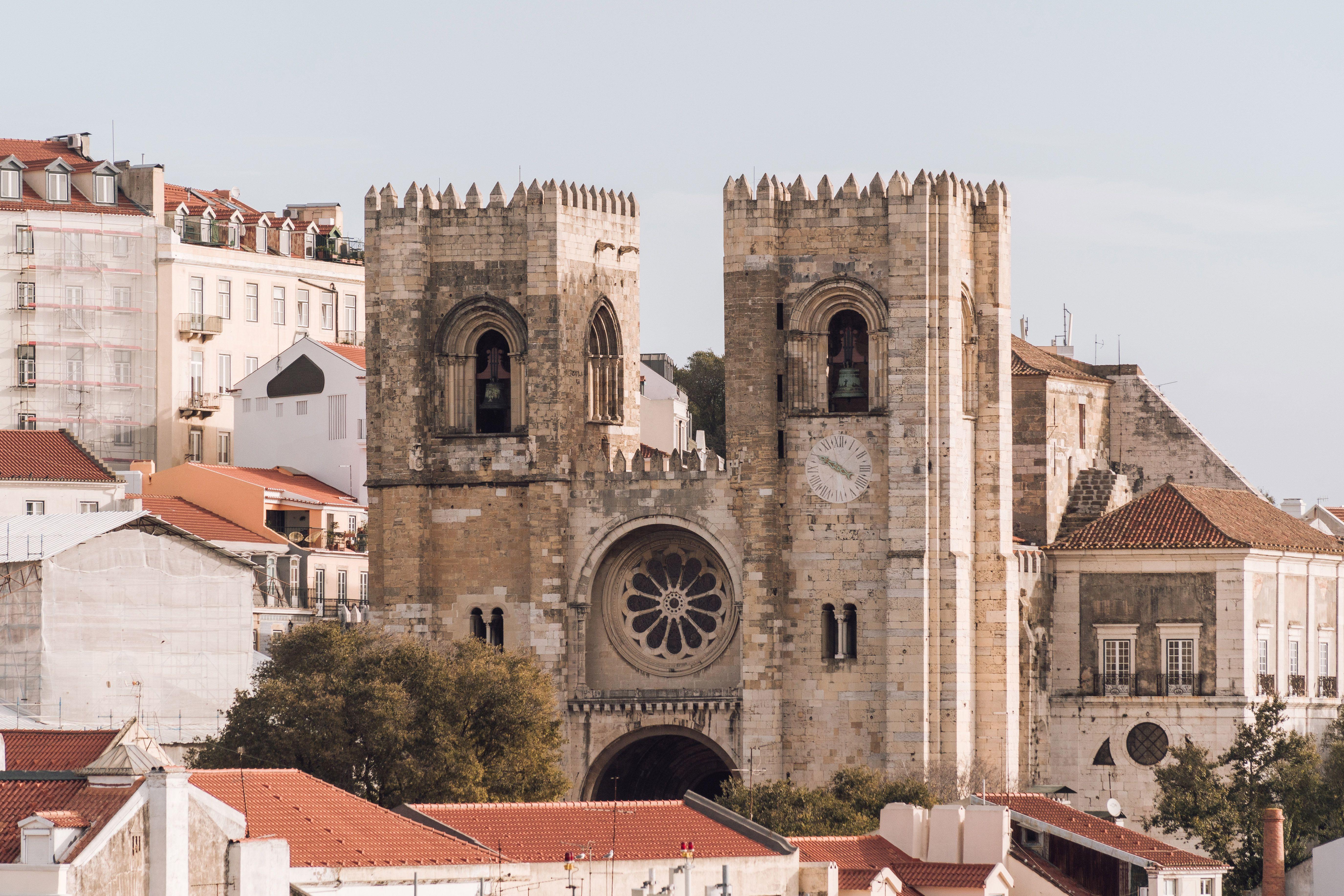 La catedral que sobresale del paisaje urbano