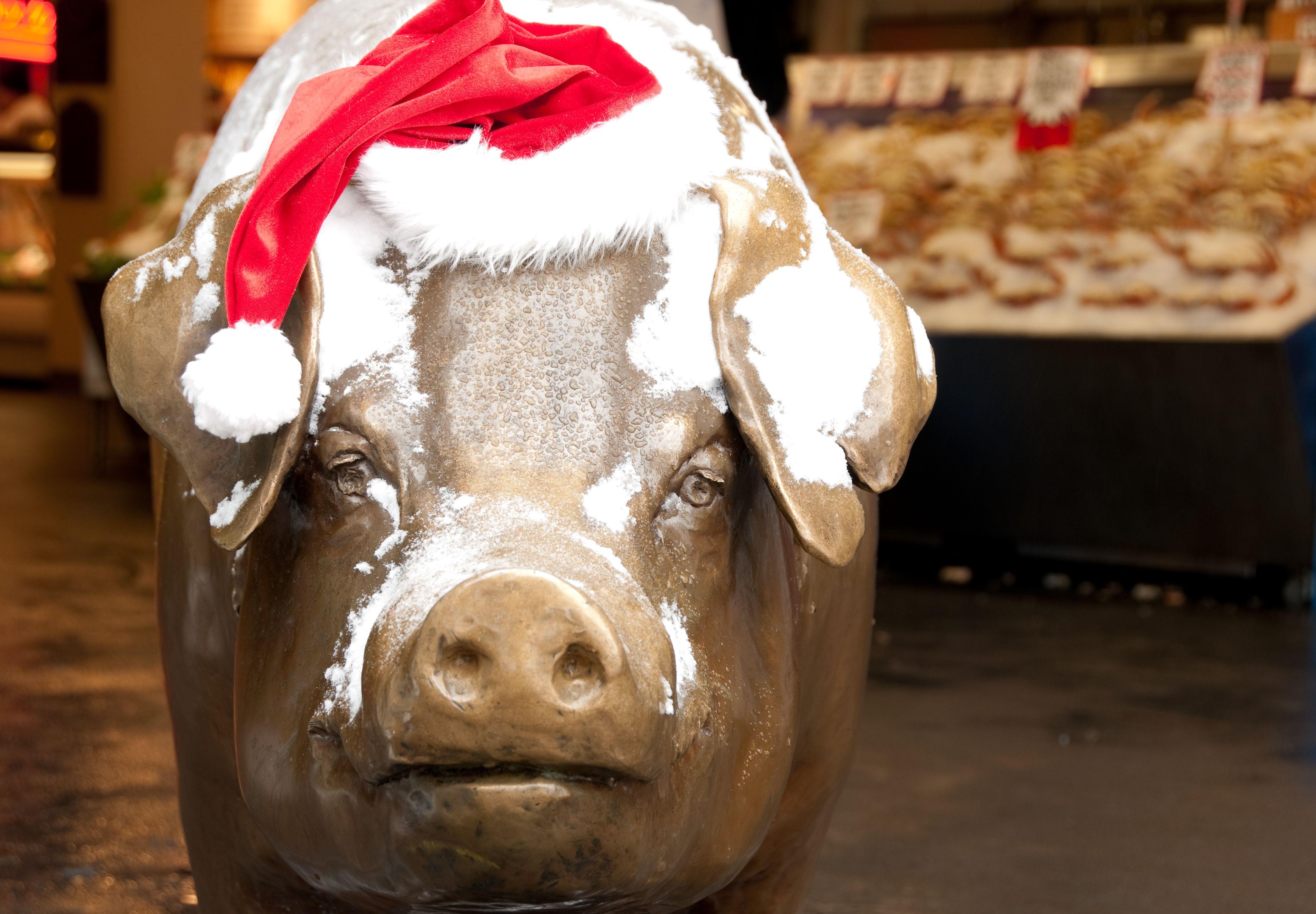 Rachel the famous Pike Place Pig