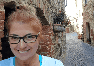 Elizabeth Heath in the Umbrian hilltown she now calls home