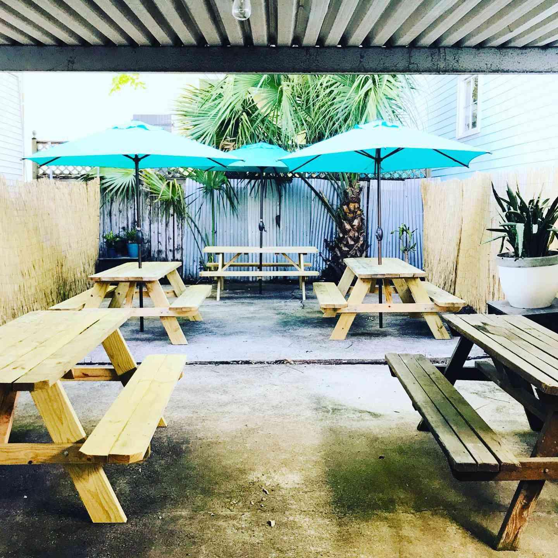 Louisiana Dive Bar