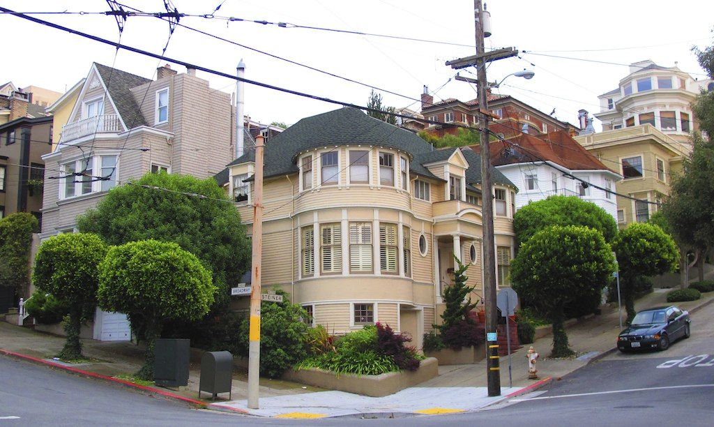 The Mrs. Doubtfire House on Broadway