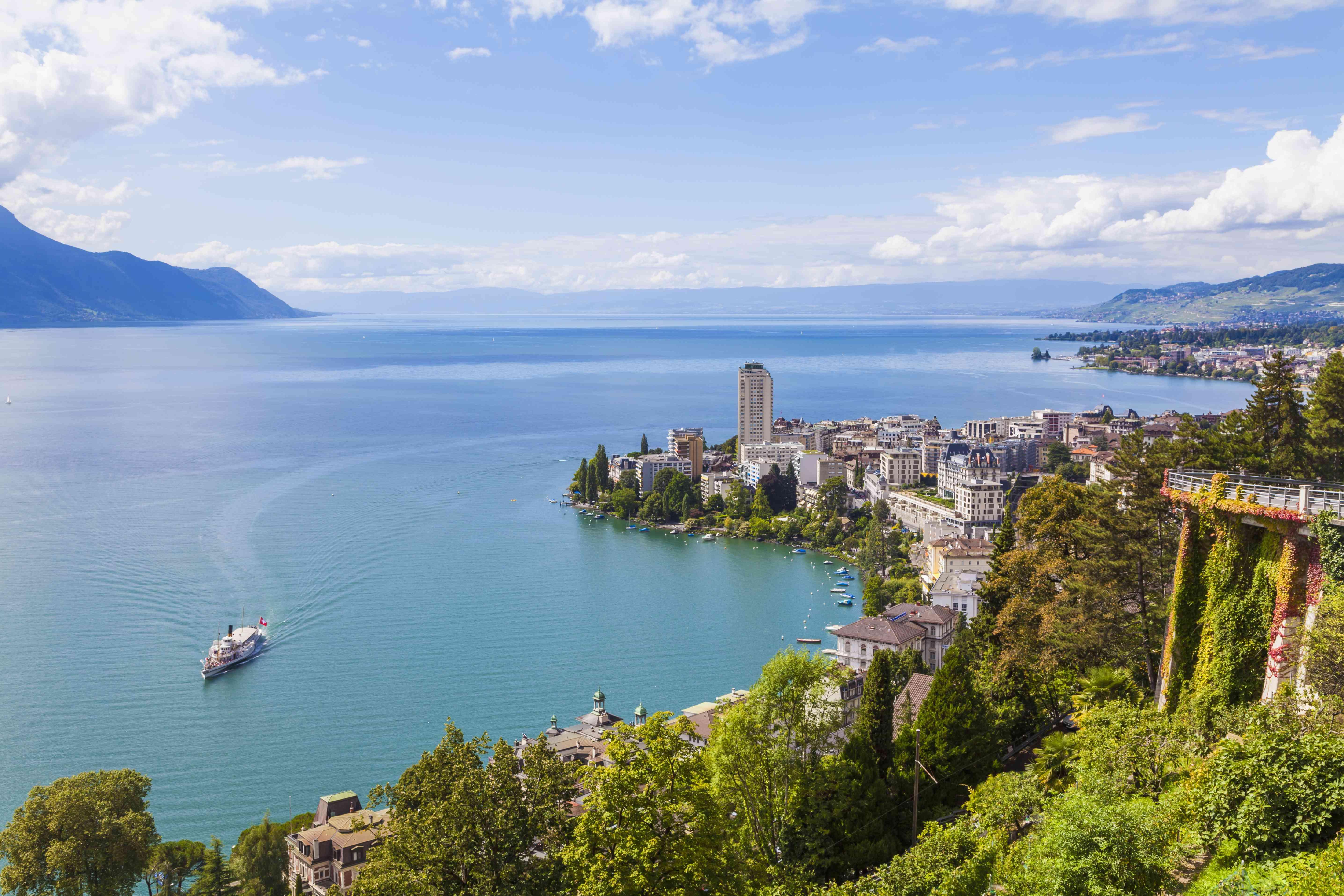 Switzerland, Lake Geneva, Montreux, cityscape with paddlesteamer