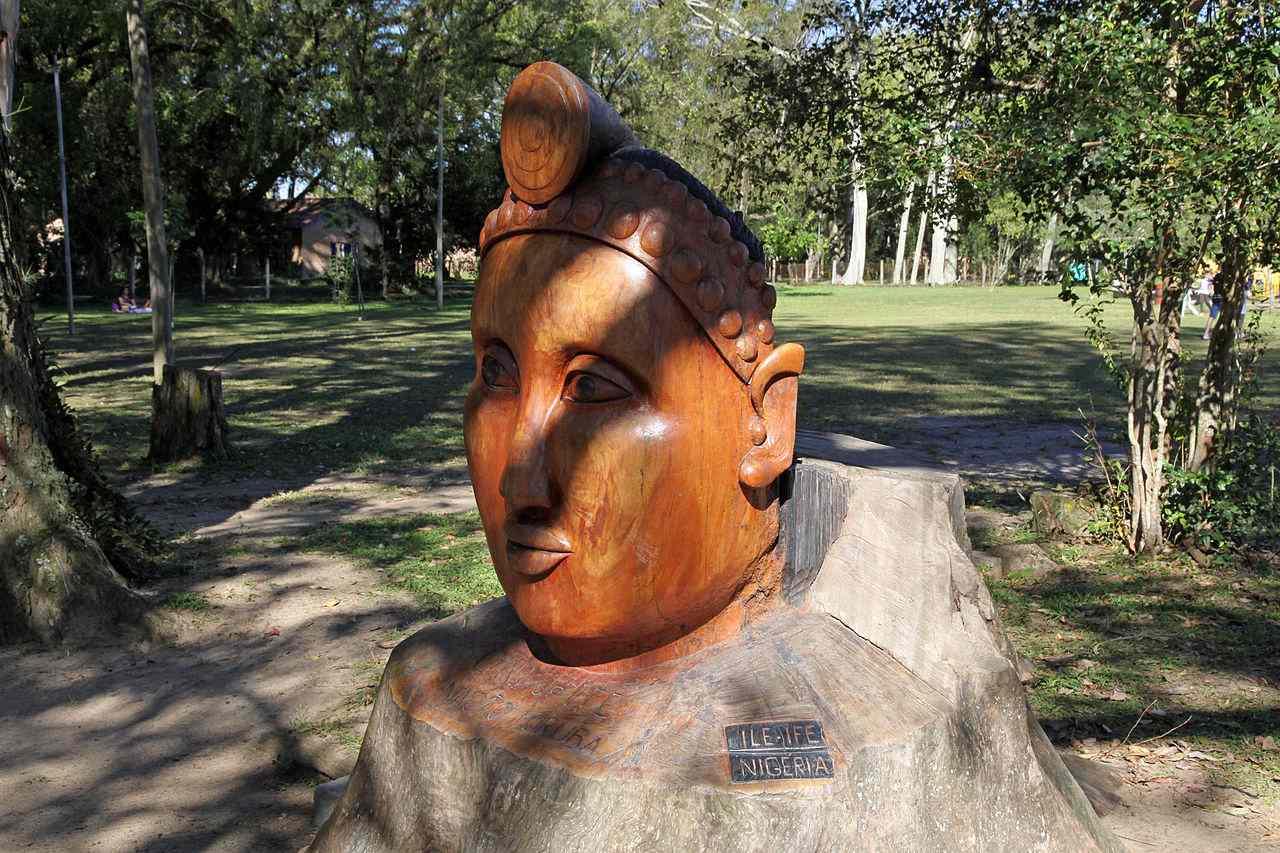 Naturalistic statue from Ile-Ife, Nigeria
