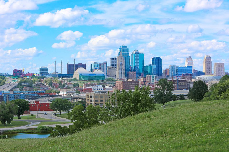 Kansas City Skyline Hills