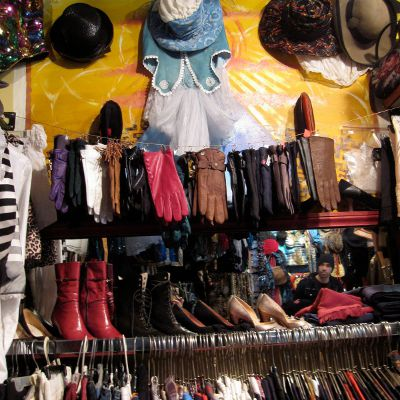 montreal vintage shopping shops stores clothing friperie guide