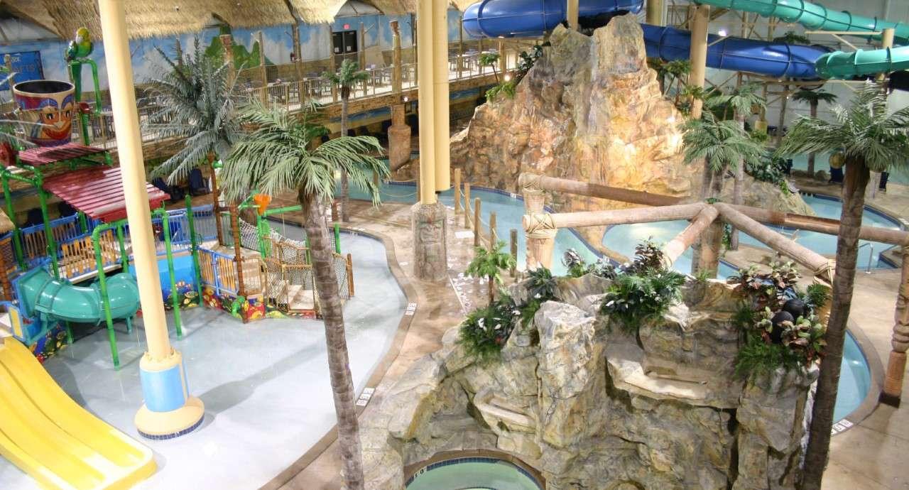 The Edge Indoor Water Park en el Edgewater Resort en Duluth