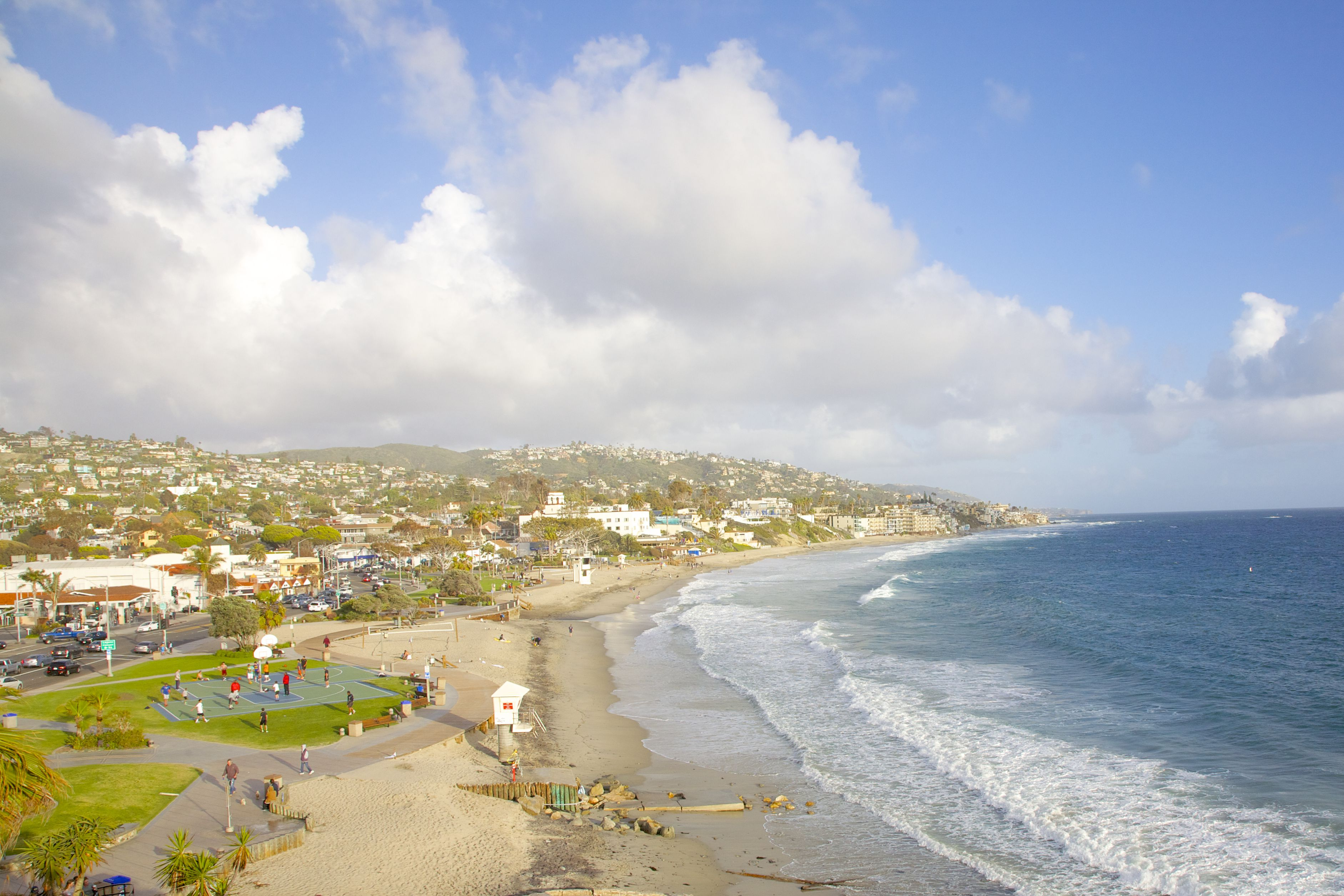 Océano Pacífico y Laguna Beach, California