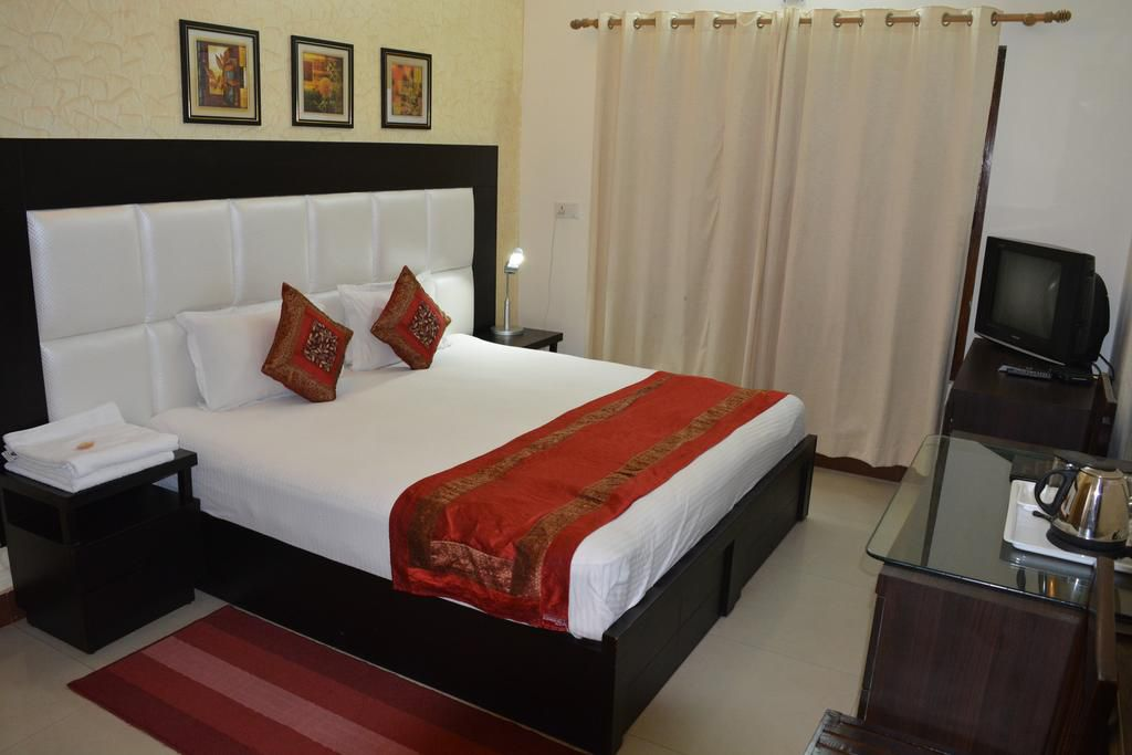 11 Best Rishikesh Hotels and Guesthouses for All Budgets