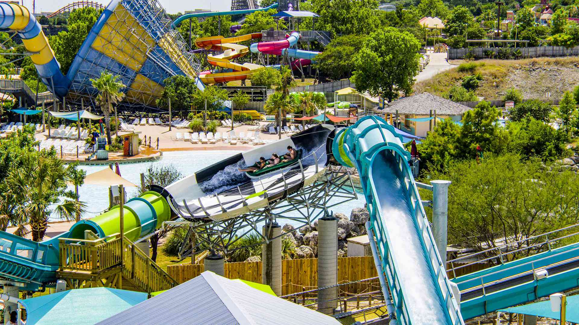 Tsunami Surge water coaster Six Flags Great America