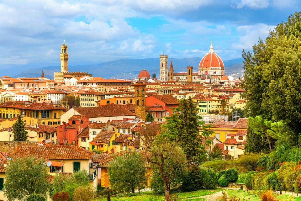 Beautiful cityscape skyline of Florence with cathedral and torre di Arnolfo , Tuscany, Italy