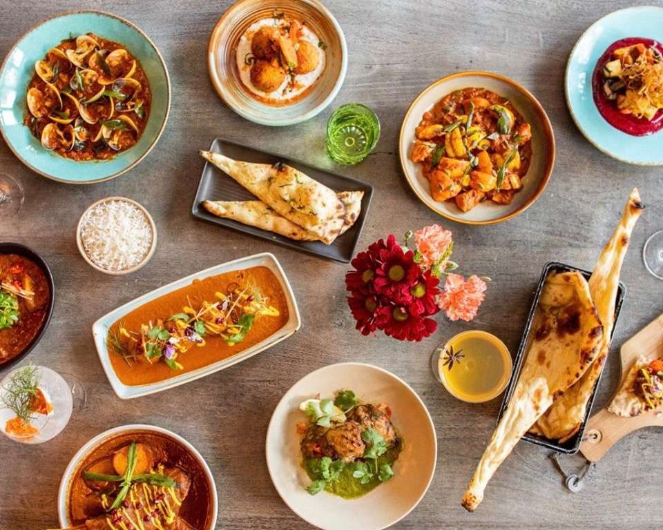 Colorful share plates from above at Sauma