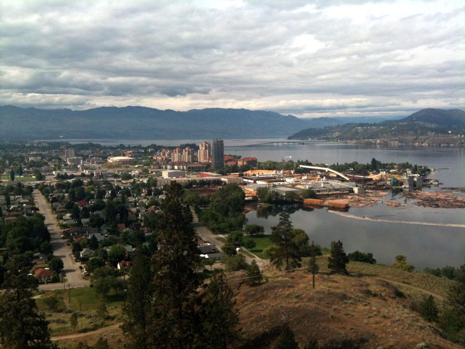 The City of Kelowna sits on Okanagan Lake in the Okanagan Valley. It is popular as a destination for wine enthusiasts, skiers, golfers and as a place to settle upon retirement.