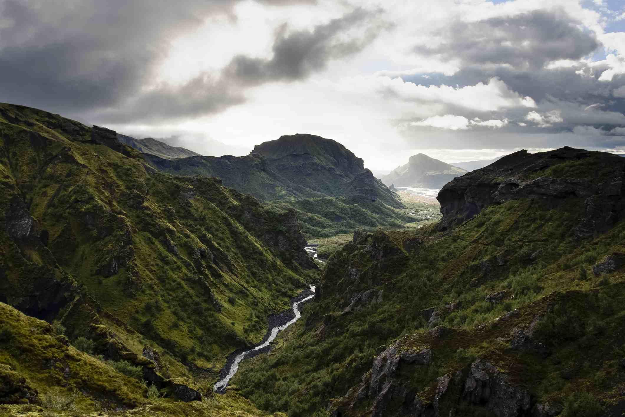 River valley through Þórsmörk