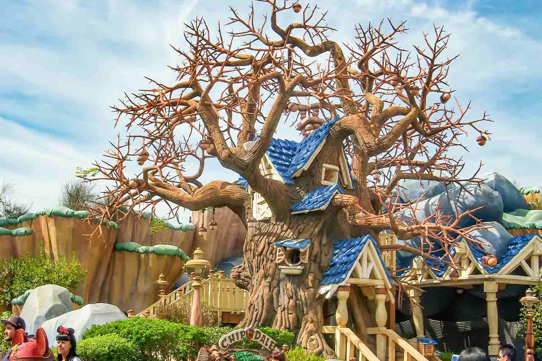Chip 'n' Dale's Treehouse at Disneyland