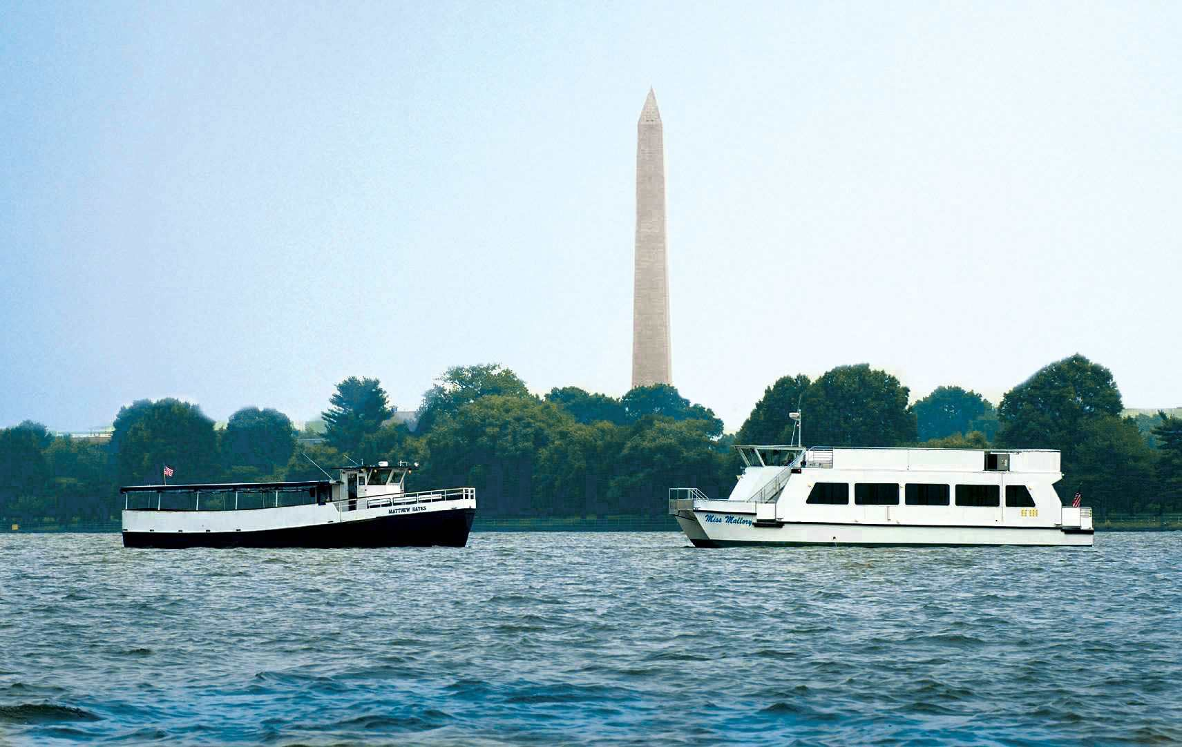 Water Taxi on Potomac
