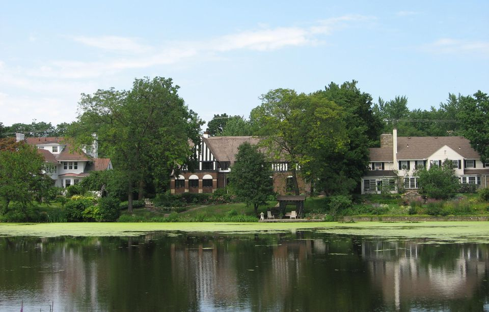 Houses by lake, Shaker Heights, Ohio