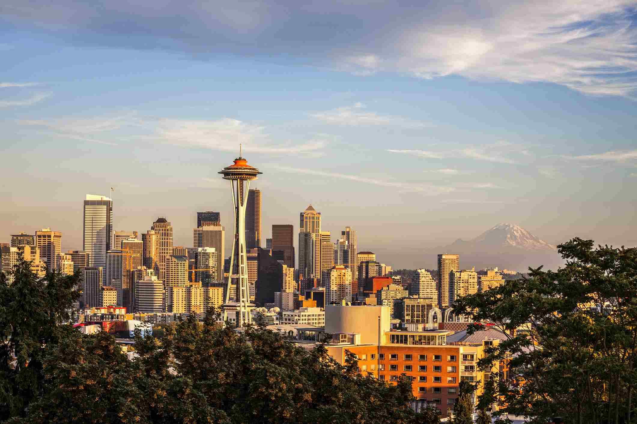 Horizonte de Seattle al sol de la tarde