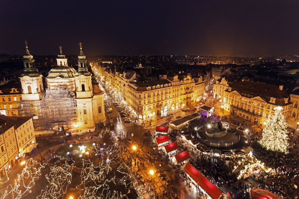 Czech Republic, Prague, Town square at night