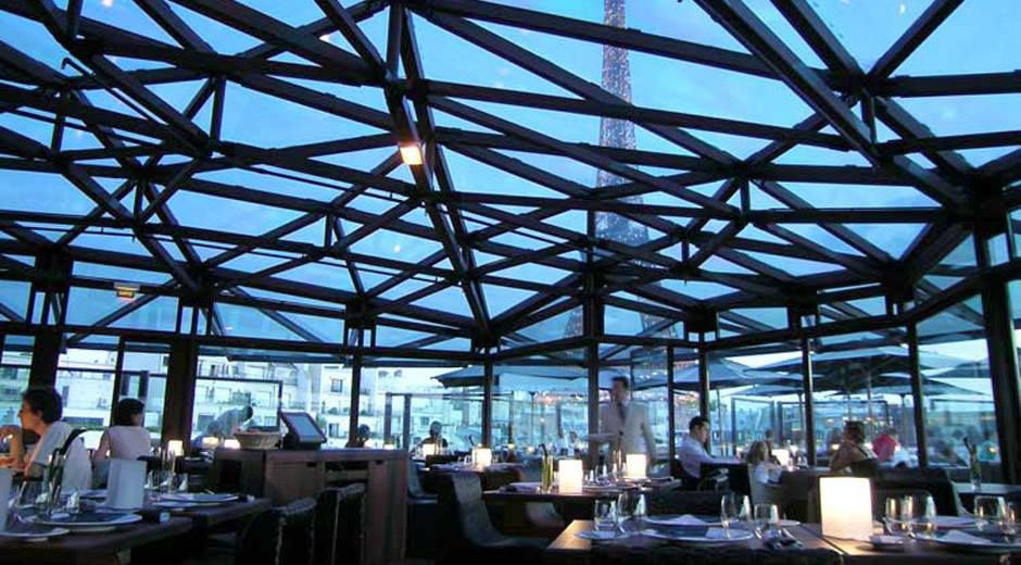 Les Ombres, the panoramic restaurant the Musée Quai Branly