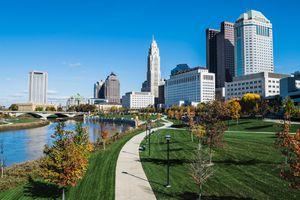 Columbus, Ohio skyline and the Scioto River