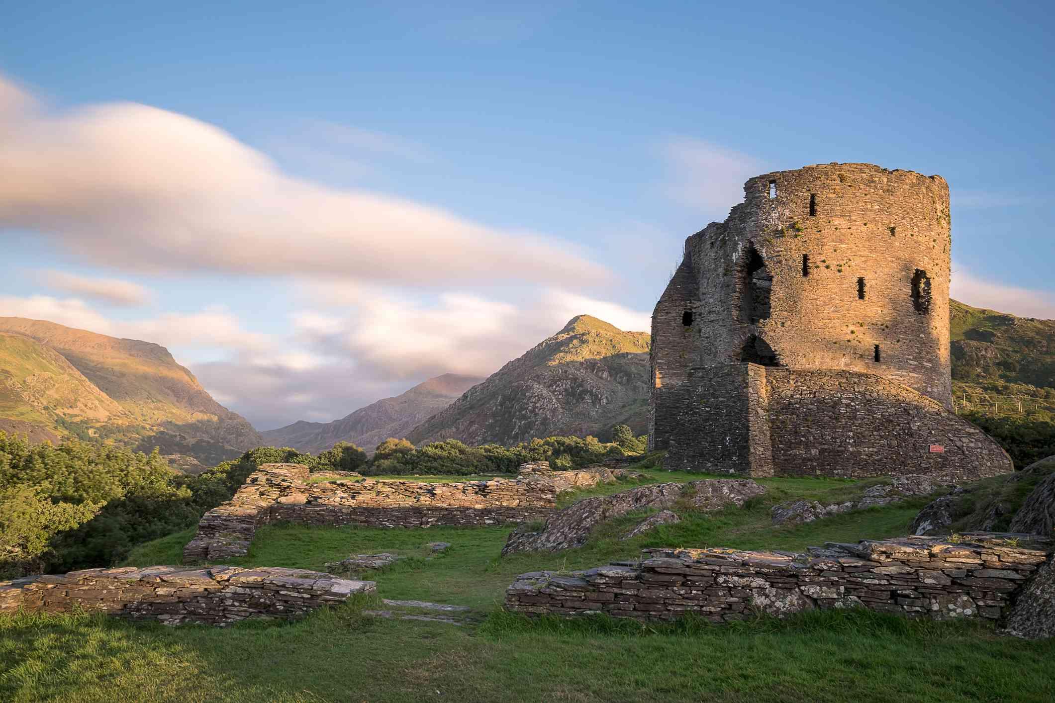 Snowdonia national park dolbardan castle