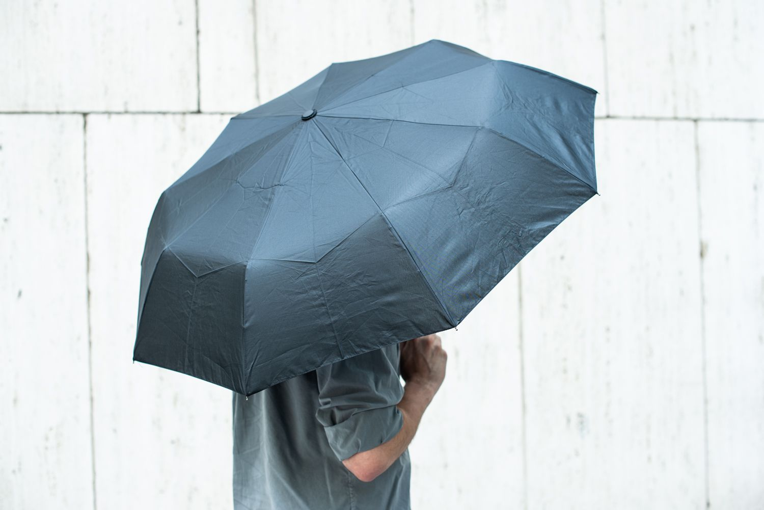434819e822f7 The 6 Best Travel Umbrellas of 2019