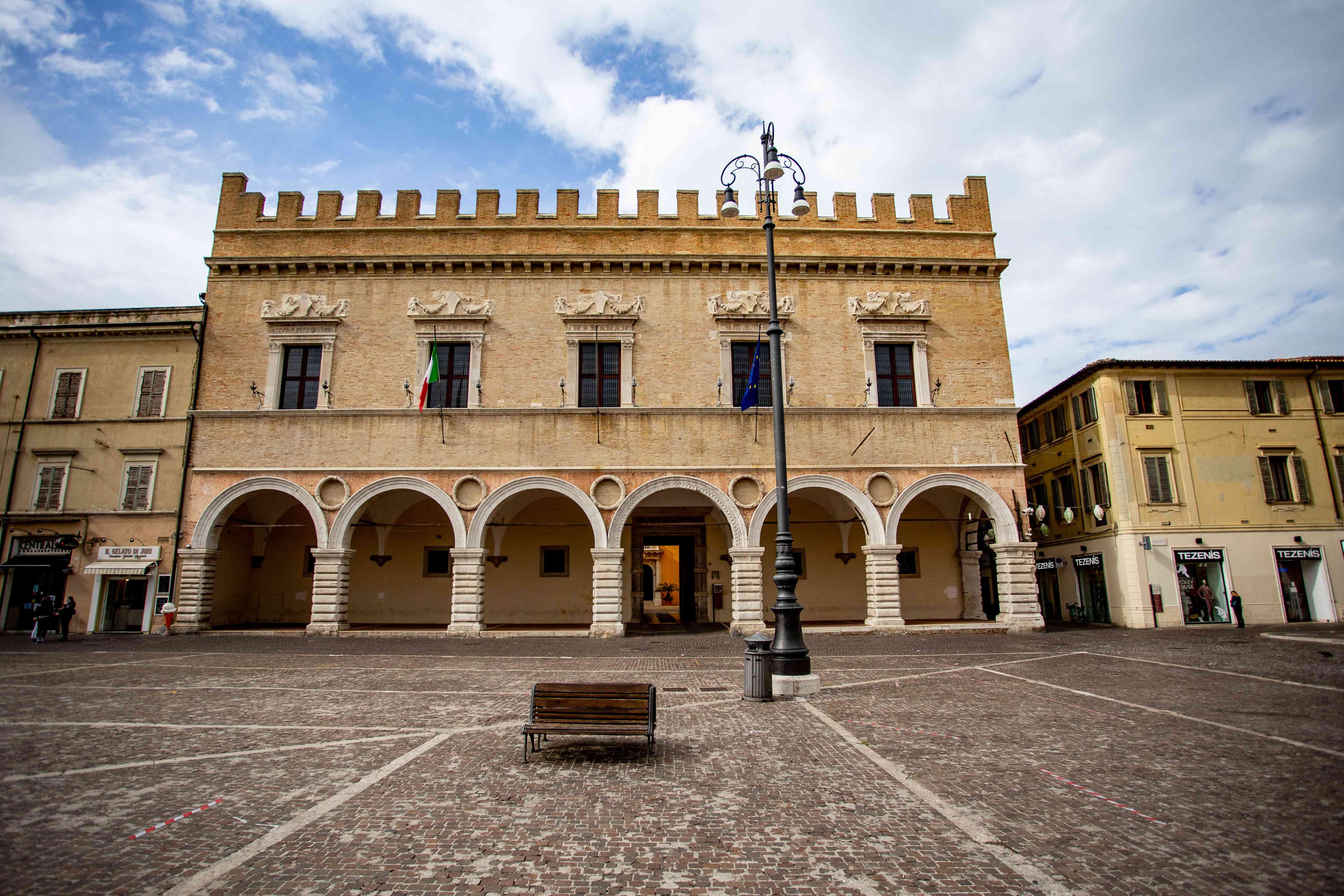 Piazza del Popolo in Pesaro