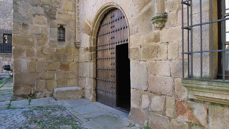 Palacio Golfines, Cáceres