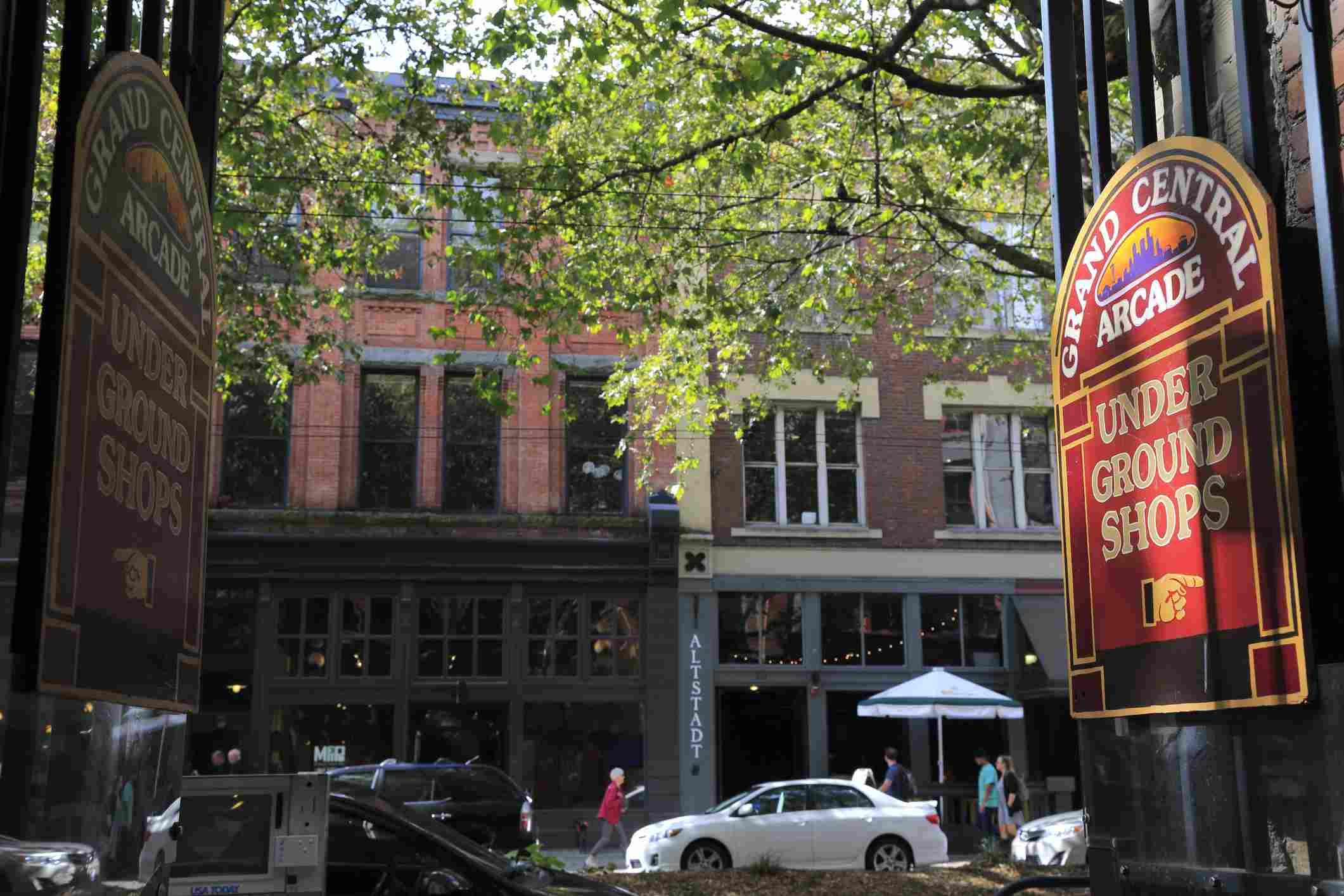 Shops in Pioneer Square