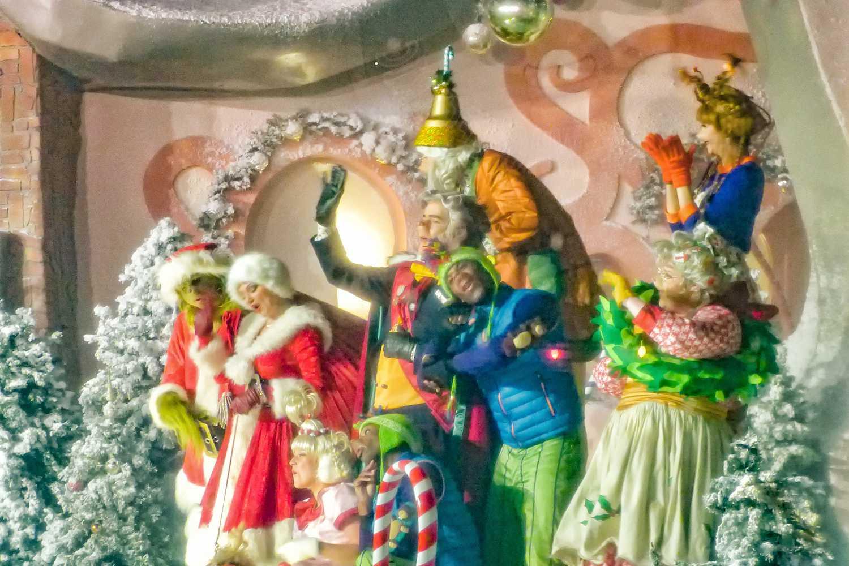 Universal Studios Christmas.Harry Potter Christmas Grinchmas Universal Studios Hollywood