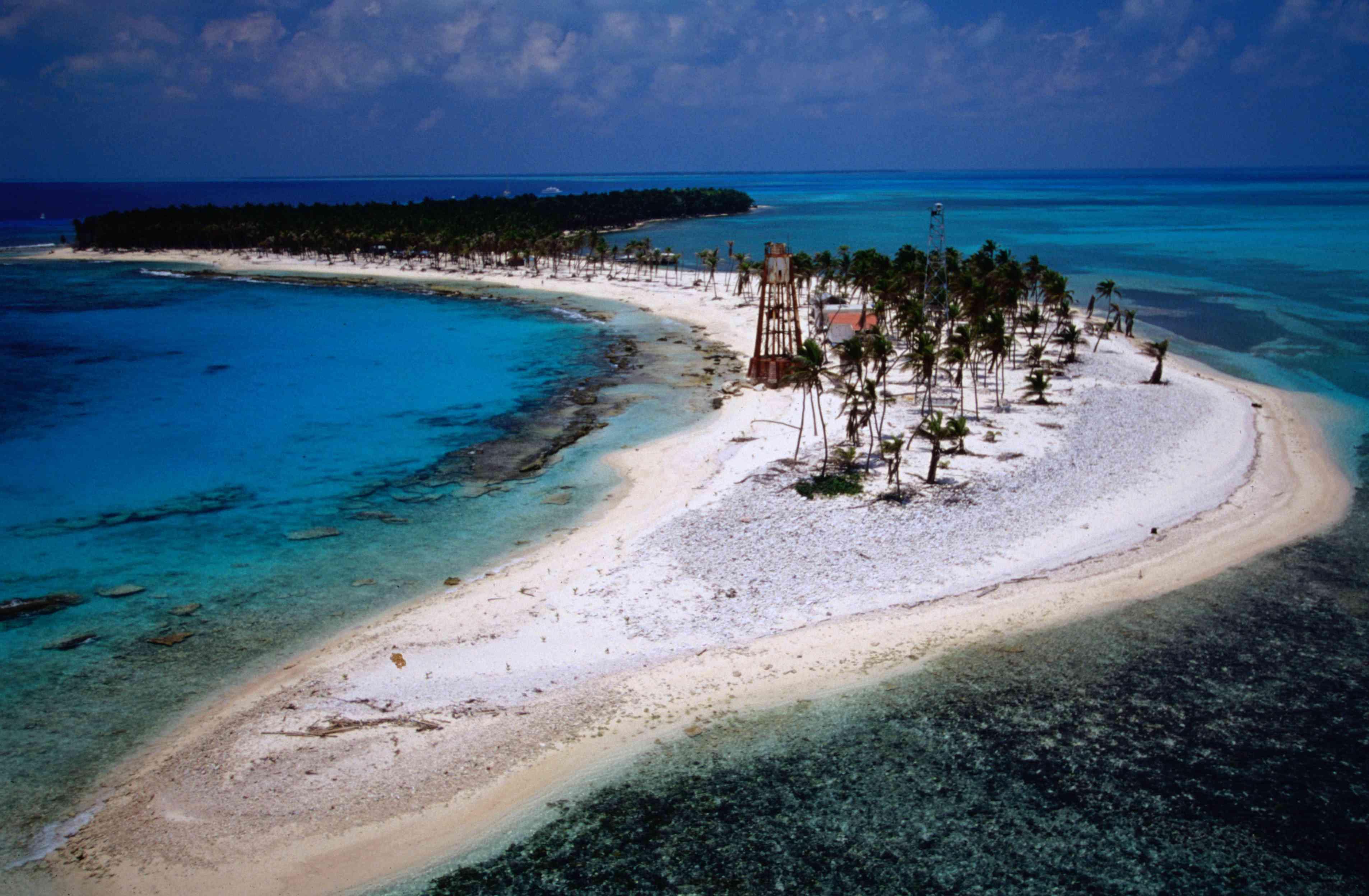 Half Moon Caye Lighthouse Reef