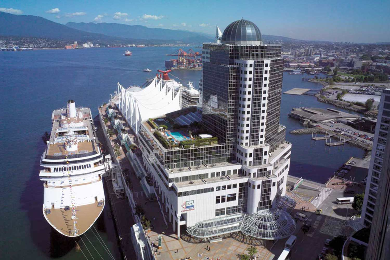 9 Best Vancouver Hotels For Alaska Cruise Passengers