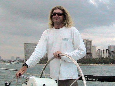 Capitán Brad del catamarán Outrigger