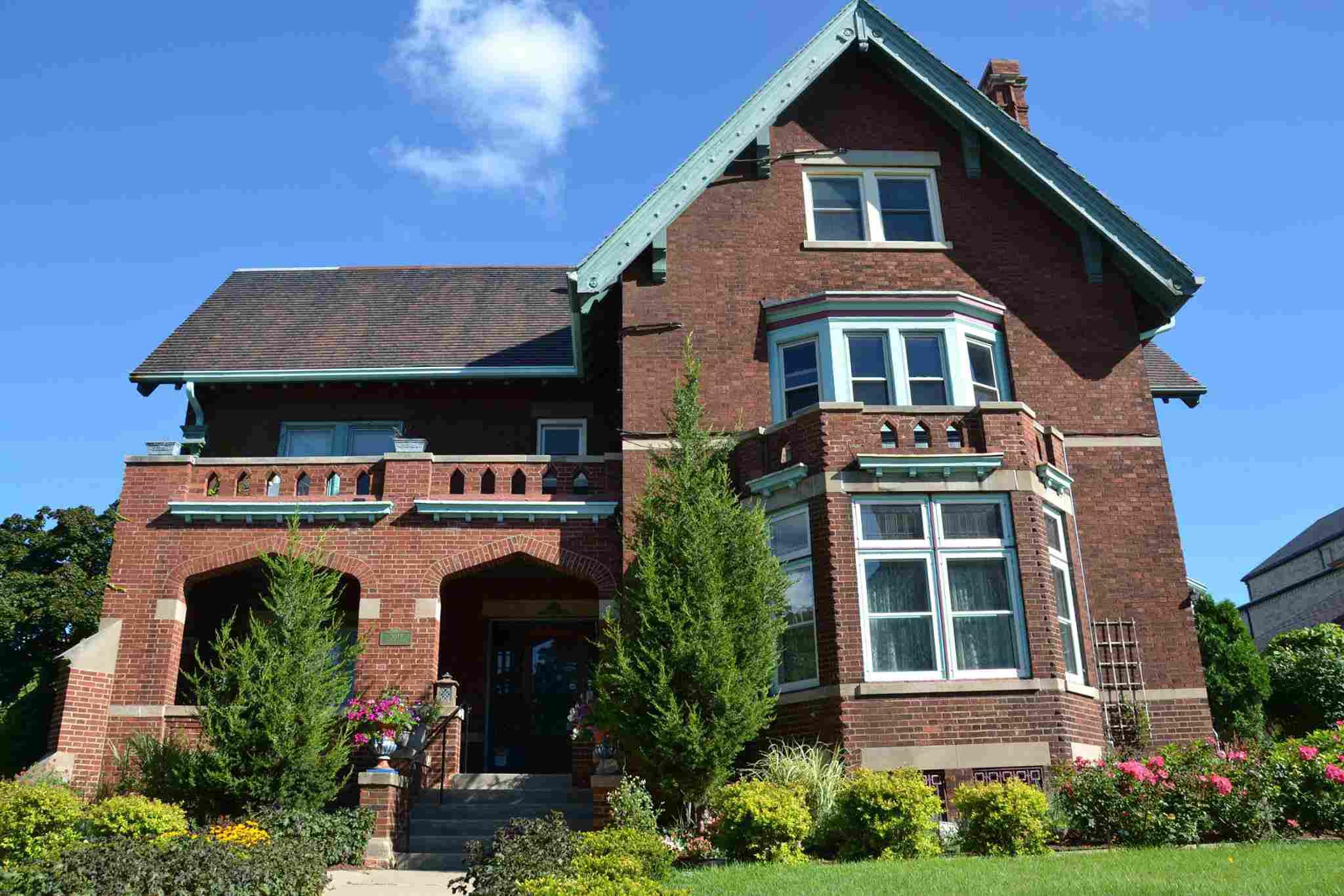 Brumder Mansion Bed & Breakfast in Milwaukee
