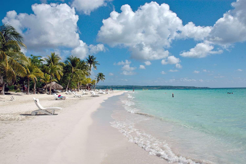 Seven Mile Beach Jamaica