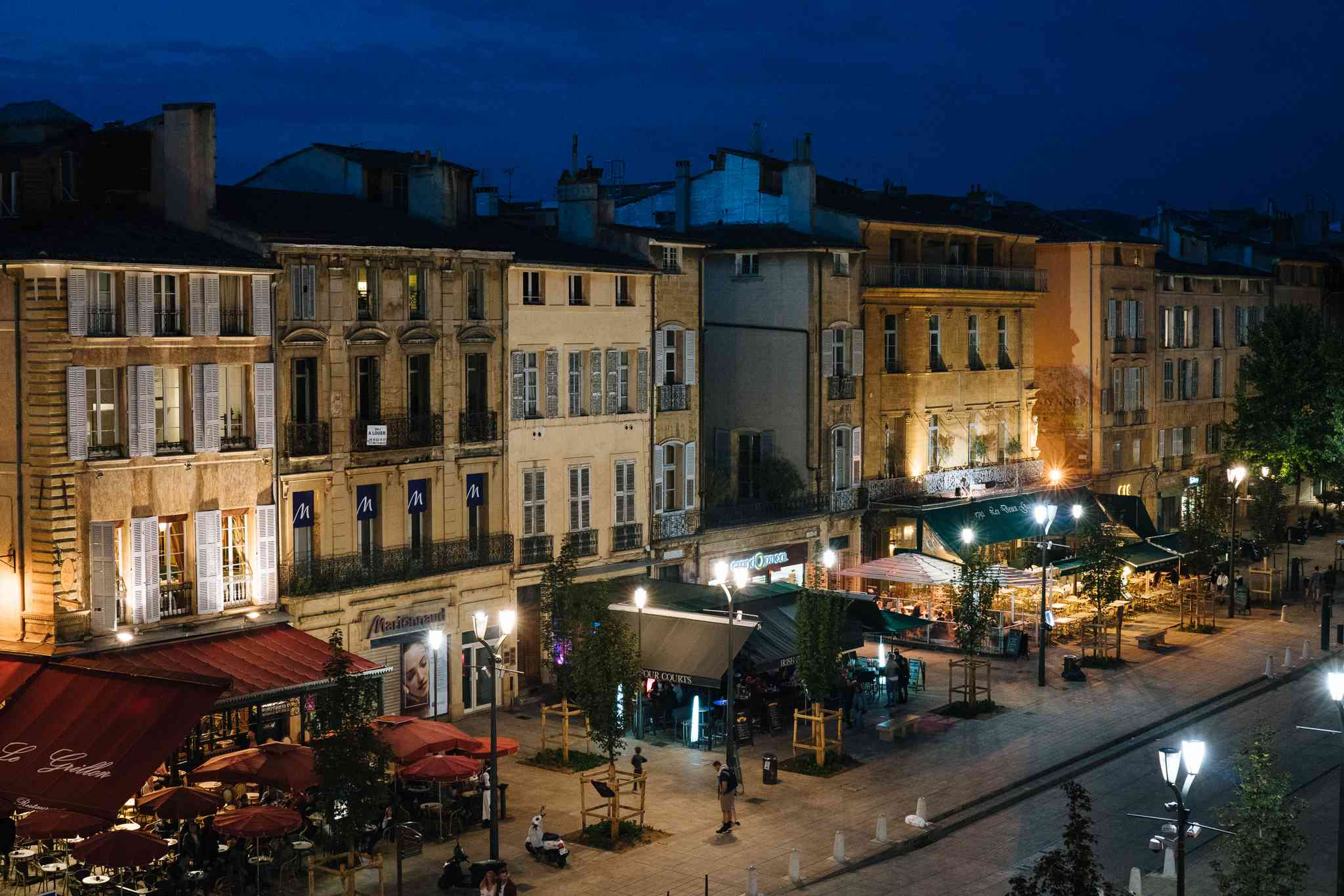 Old Town in Aix-en-Provence at night