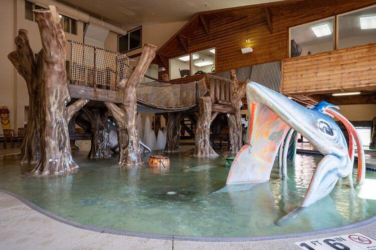 Parque acuático Rapid River Lodge en Baxter Minnesota