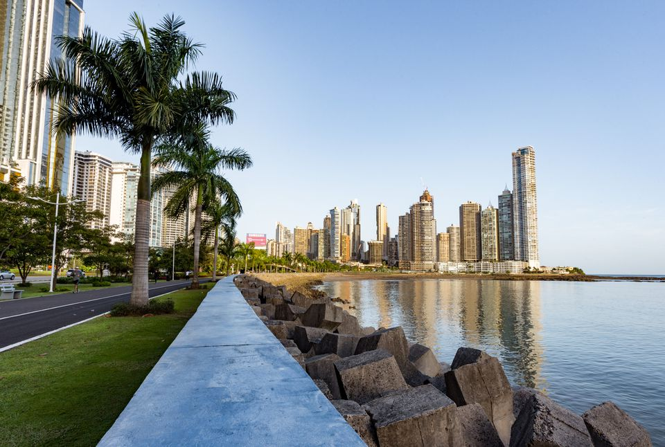 Walkway along the water with a view of the Skyscrapers