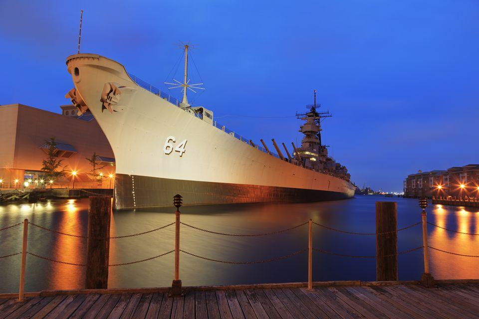 Visit The Battleship Uss Wisconsin In Norfolk Virginia