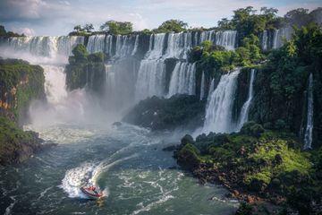 Iguazu Falls, Iguazu National Park, Brazil-Argentina-Paraguay border.