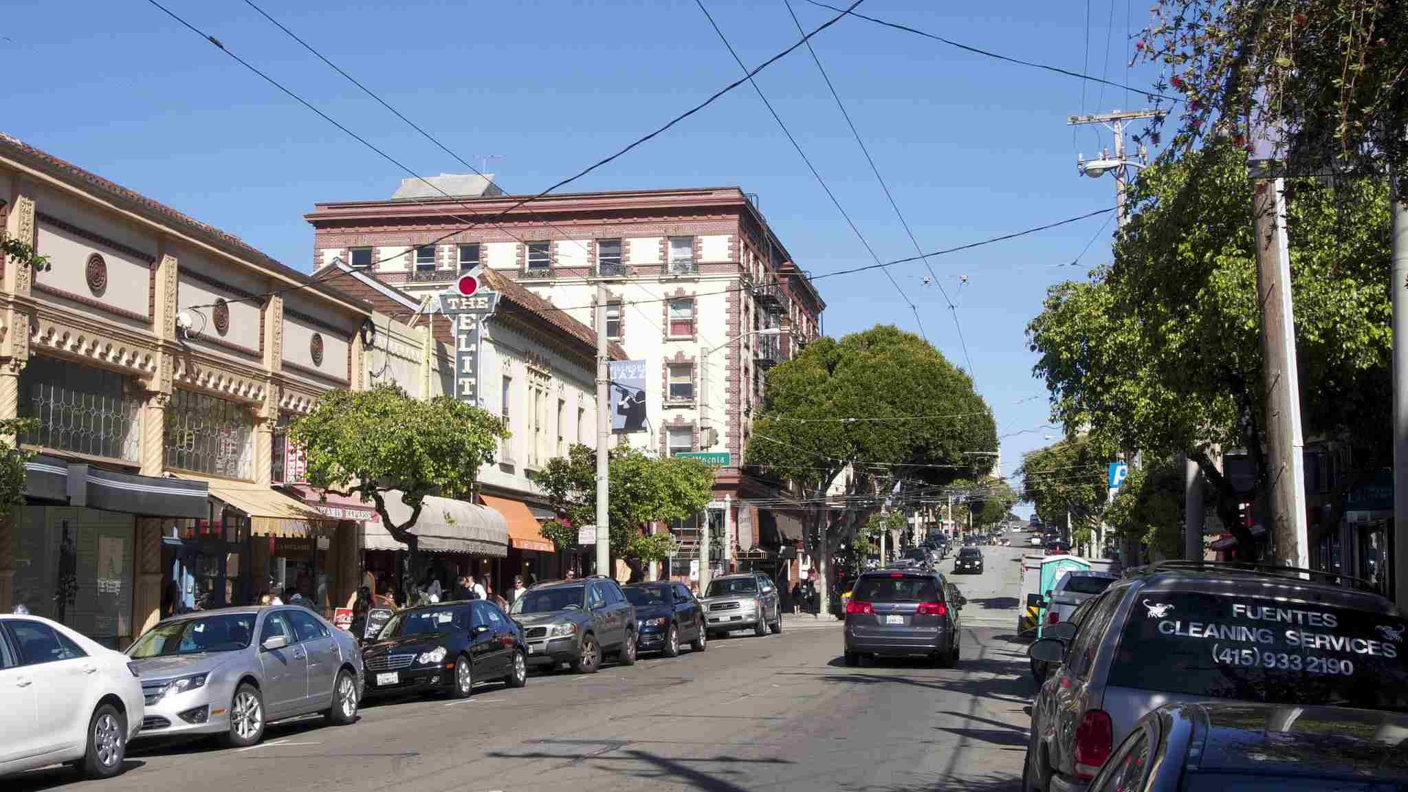 Fillmore Street, where the shops and restaurants intertwine