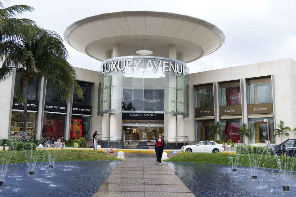Luxury Avenue mall.