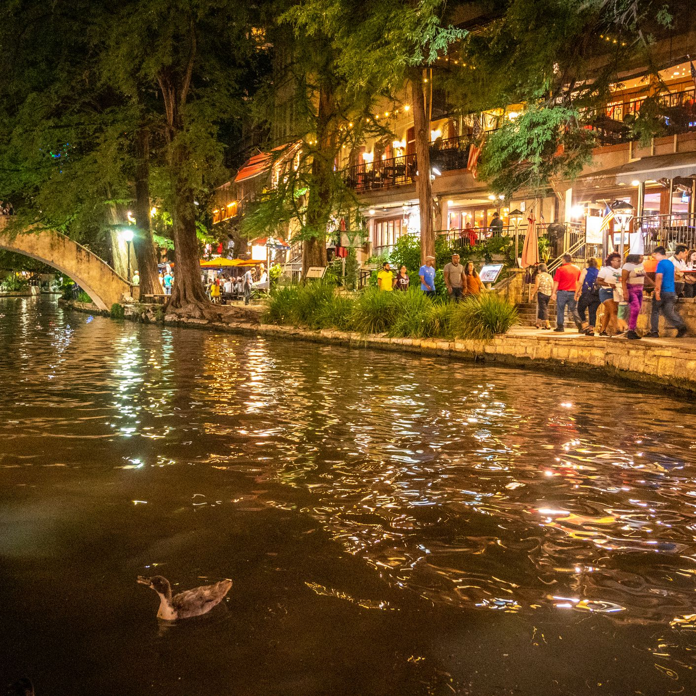 The Complete Guide to the San Antonio River Walk