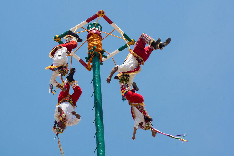 The Ritual of the Voladores de Papantla