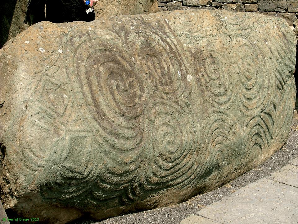 Newgrange - la piedra de entrada