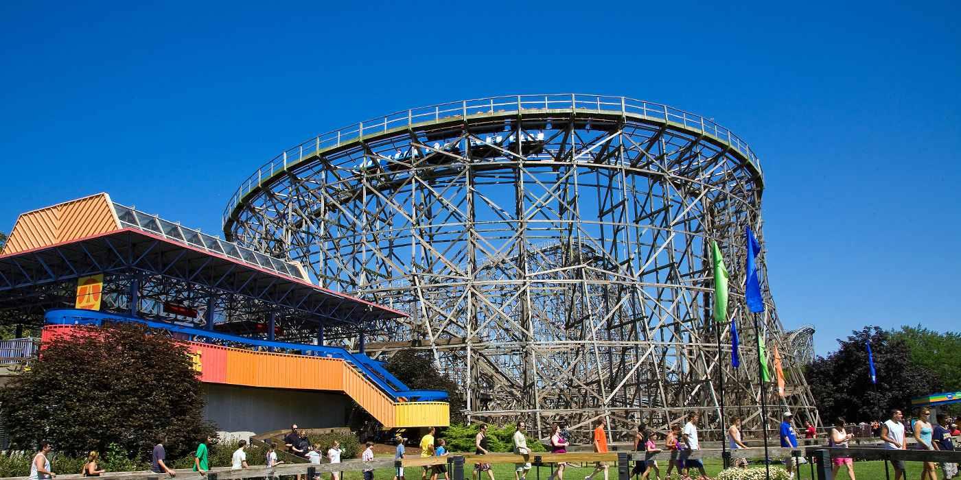 Wooden Gemini Roller Coaster at Cedar Point