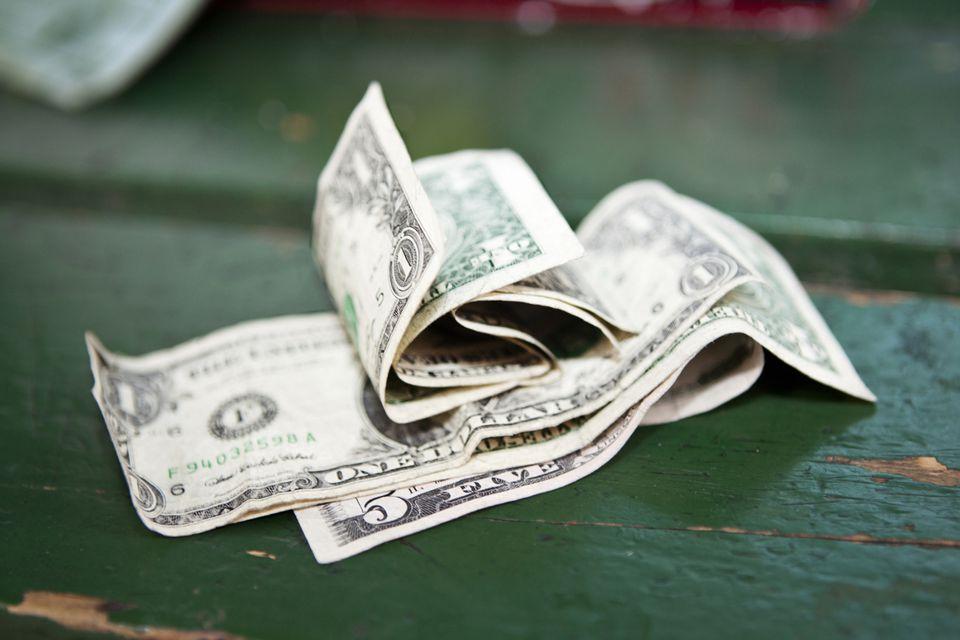 getty-money_1500_184827941.jpg